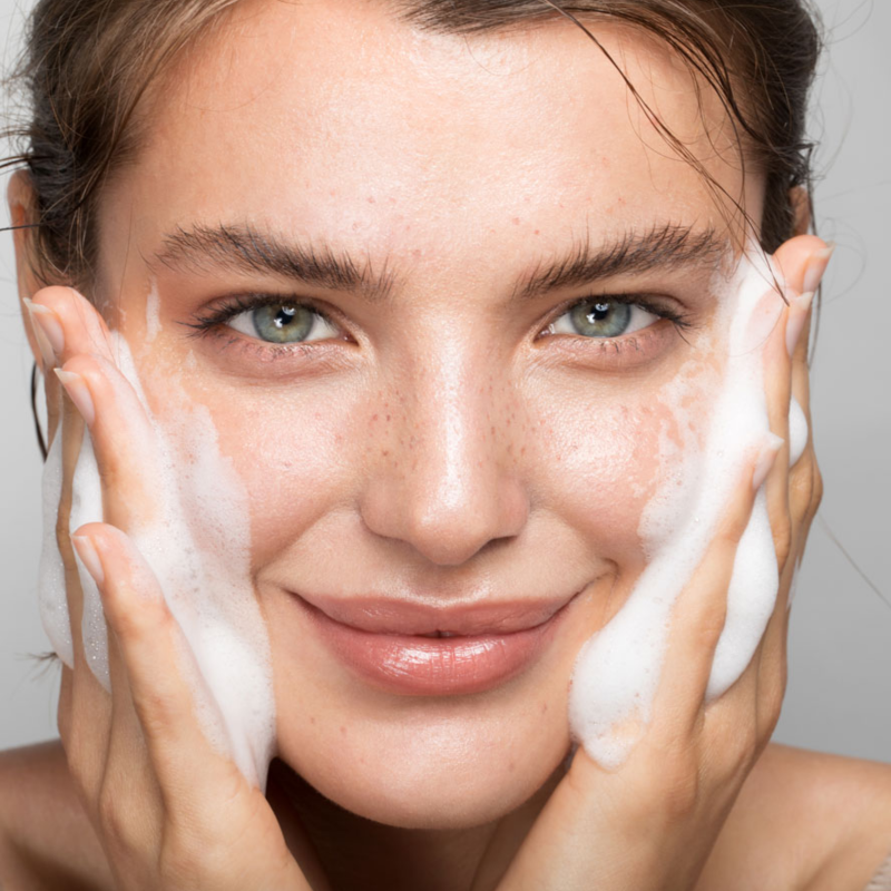Skinimalism – Less is the new More: By CLR